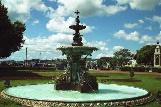 victorian-fountain