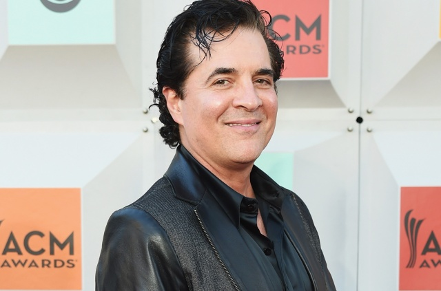 scott-borchetta-ACM-2016-a-billboard-1548