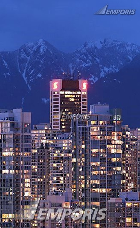 699723-Large-nightview-tower-at-night-with-grouse-mountain-as-backdrop