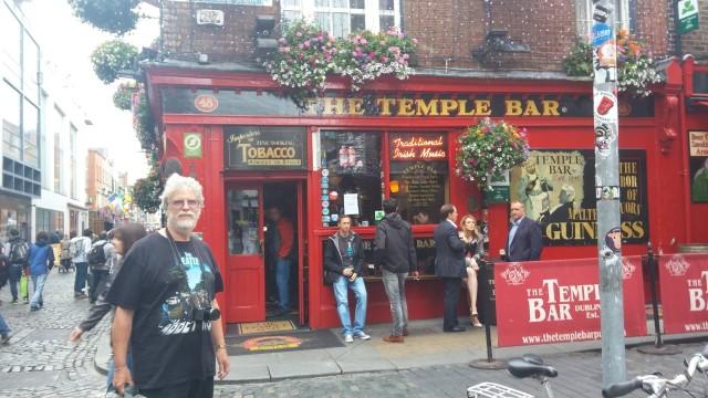 Temple Bar Chris