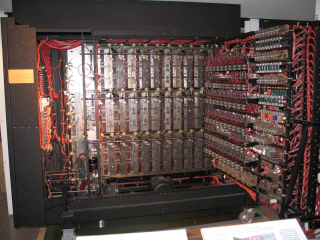 A_Turing_Bombe,_Bletchley_Park_-_geograph.org.uk_-_1590996