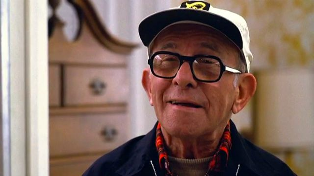 George-Burns-in-a-still-from-the-movie-Oh-God