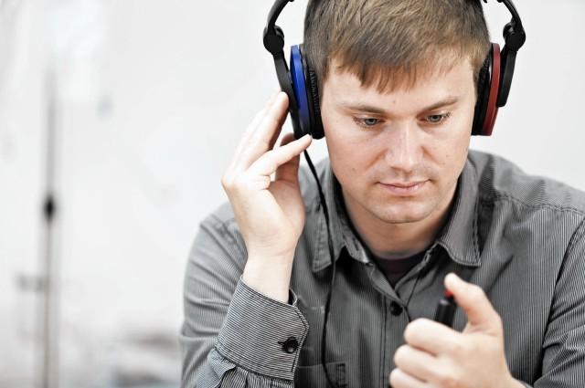 mc-pa-teen-hearing-test-20141130