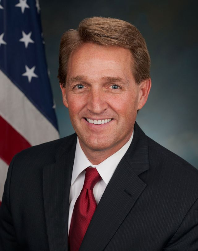 1200px-Jeff_Flake,_official_portrait,_113th_Congress