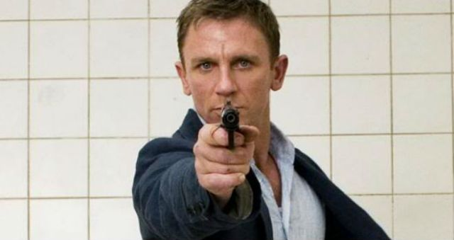 DanielCraig_GregWilliams2006_38
