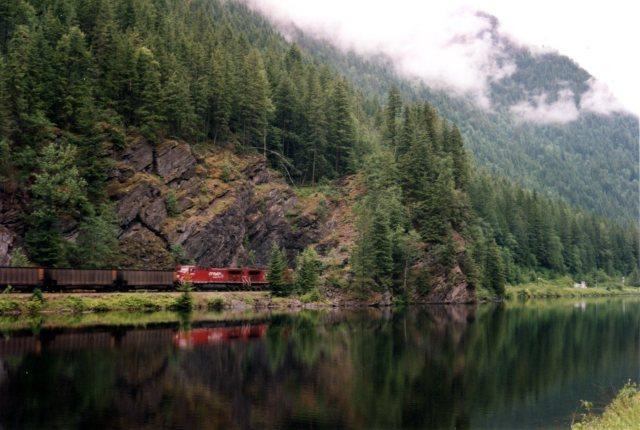 Rocky Mountain Train2