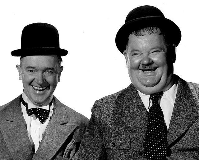 Laurel-and-Hardy-laurel-and-hardy-30795259-1600-1283